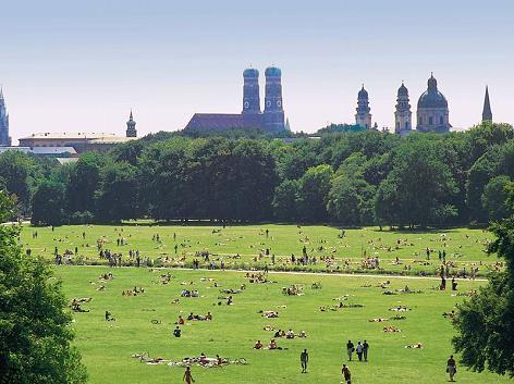 Tourismus-Die-grosse-gruene-Lunge-Zahlreiche-Parks-lassen-die-Muenchner-durchatmen-der-Englische-Garten-ist-der-weitlaeufigste